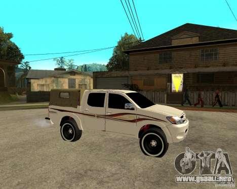 Toyota Hilux 2010 para la visión correcta GTA San Andreas