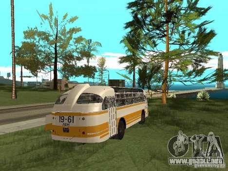 LAZ 695E para la visión correcta GTA San Andreas