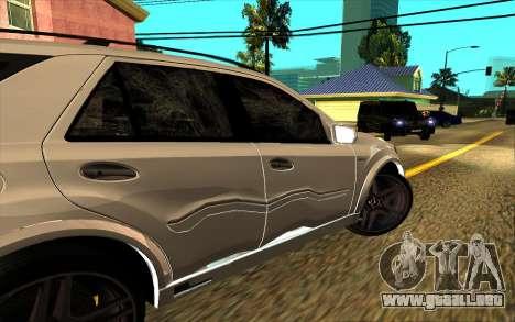 Mercedes-Benz ML63 AMG W165 Brabus para las ruedas de GTA San Andreas