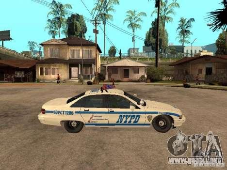 NYPD Chevrolet Caprice Marked Cruiser para GTA San Andreas vista posterior izquierda