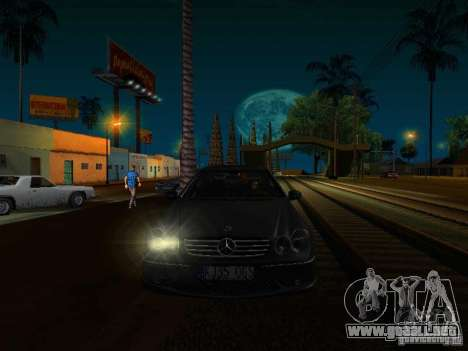 Mercedes-Benz CLK55 AMG para la visión correcta GTA San Andreas