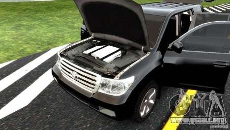 Toyota Land Cruiser 200 RESTALE para GTA 4 interior