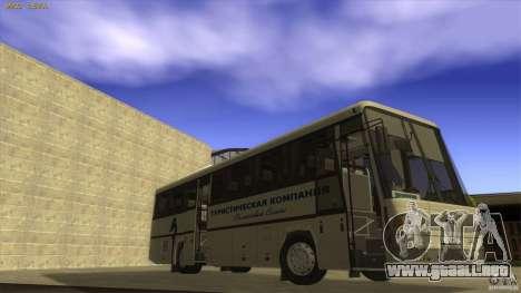 MAZ-152A para GTA San Andreas left