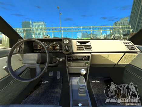 Toyota Corolla AE86 EPM v3.0 para GTA 4 vista hacia atrás