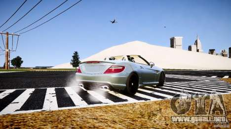 Mercedes-Benz SLK 2012 para GTA 4 Vista posterior izquierda