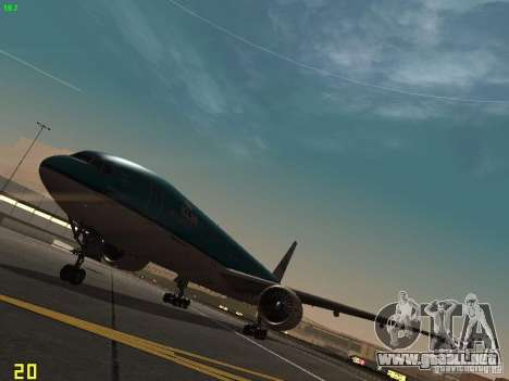 Boeing 777-200 KLM Royal Dutch Airlines para GTA San Andreas left