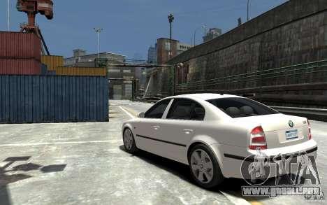 Skoda SuperB para GTA 4 Vista posterior izquierda