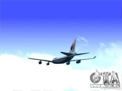 Boeing 747-400 Malaysia Airlines para GTA San Andreas vista posterior izquierda