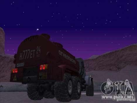Camión de combustible KrAZ-255 para GTA San Andreas vista posterior izquierda