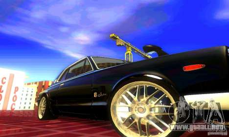Nissan Skyline 2000-GTR para GTA San Andreas vista posterior izquierda