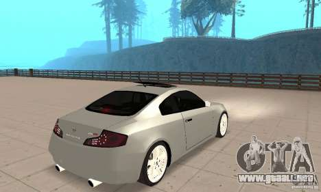 Nissan Skyline 350GT 2003 para GTA San Andreas left