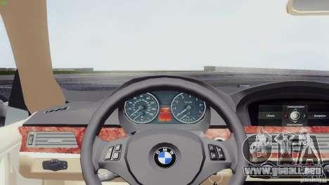 BMW 330i e90 para GTA San Andreas vista posterior izquierda