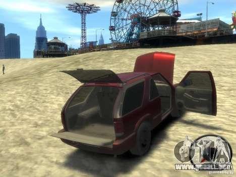 Chevrolet Blazer LS 2dr 4x4 para GTA 4 vista lateral
