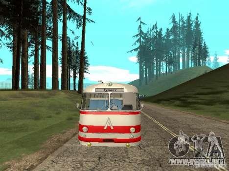 LAZ 697E turística para visión interna GTA San Andreas