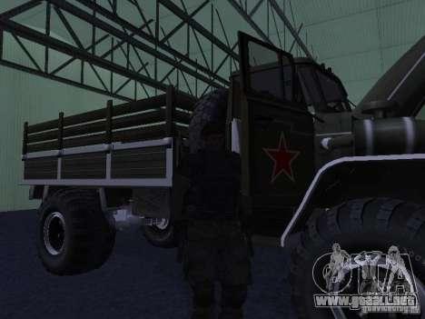 Desfile Ural 43206 para GTA San Andreas left