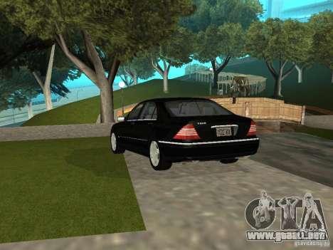Mercedes-Benz S600 Biturbo 2003 v2 para GTA San Andreas vista posterior izquierda