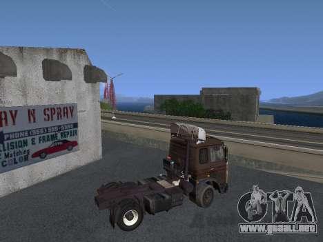 5551 MAZ koljós para GTA San Andreas vista posterior izquierda