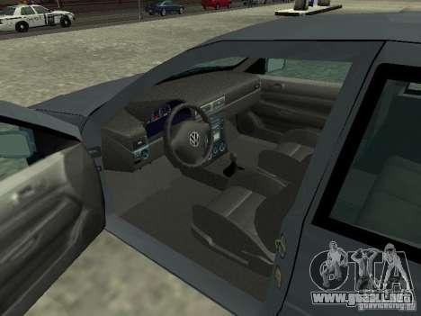 Volkswagen Golf IV para GTA San Andreas vista posterior izquierda