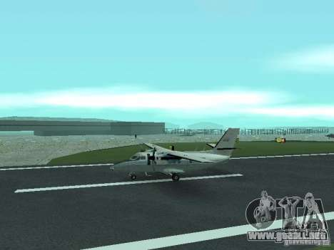 Let L-410 para GTA San Andreas left