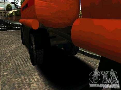 MAZ 533702 trailer camión para GTA San Andreas left