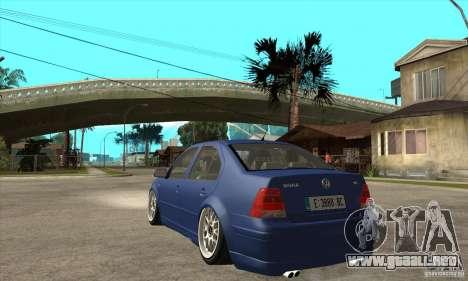 VW Bora VR6 Street Style para GTA San Andreas vista posterior izquierda