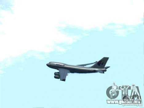 Boeing 747-400 Malaysia Airlines para GTA San Andreas left