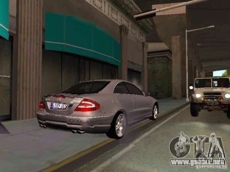 Mercedes-Benz CLK55 AMG para vista lateral GTA San Andreas