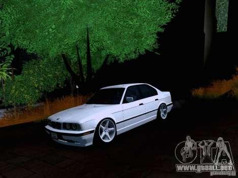 BMW M5 E34 Stance para GTA San Andreas vista posterior izquierda