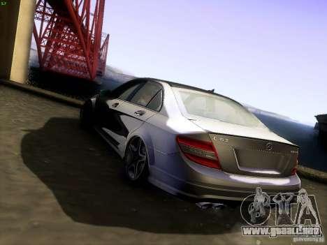 Mercedes-Benz C36 AMG para GTA San Andreas left