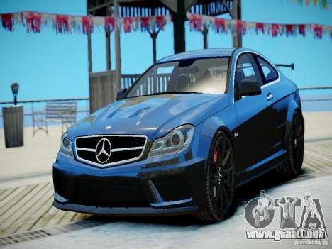 Mercedes-Benz C63 AMG Black Series 2012 v1.0 para GTA 4 left