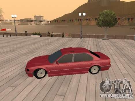 BMW 750iL e38 diplomático para GTA San Andreas vista posterior izquierda