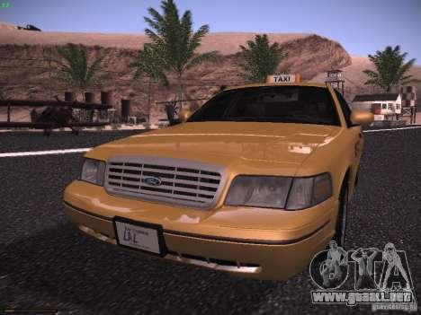 Ford Crown Victoria Taxi 2003 para GTA San Andreas left