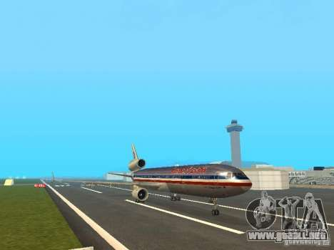 McDonell Douglas MD11 American Airlines para GTA San Andreas left