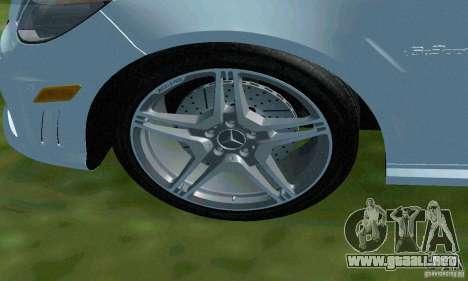 Mercedes-Benz E63 DPS para vista inferior GTA San Andreas