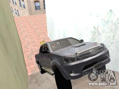 Toyota Hilux para GTA San Andreas vista posterior izquierda