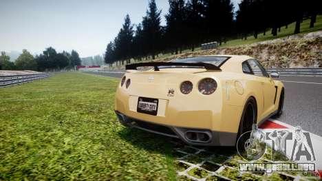 Nissan GTR R35 SpecV v1.0 para GTA 4 Vista posterior izquierda