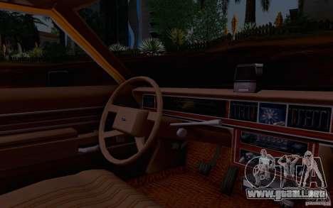 Ford Crown  Victoria LTD 1985 taxi para la visión correcta GTA San Andreas