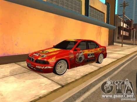 BMW 5-er E39 v2 para GTA San Andreas left