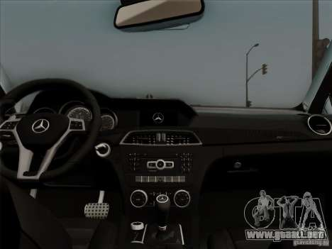 Mercedes Benz C63 AMG Coupe Presiden Indonesia para visión interna GTA San Andreas