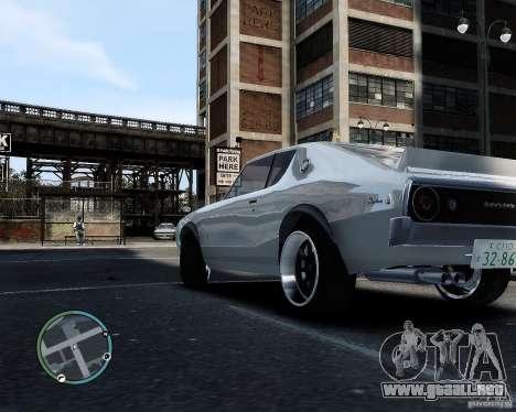 Nissan Skyline KPGC110 2000GT-X para GTA 4 Vista posterior izquierda
