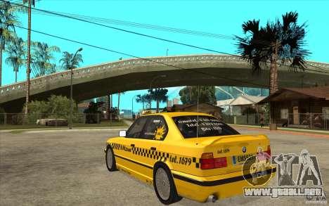 BMW 525tds E34 Taxi para GTA San Andreas vista posterior izquierda