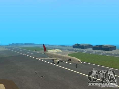 Boeing 777-200 Japan Airlines para GTA San Andreas vista posterior izquierda