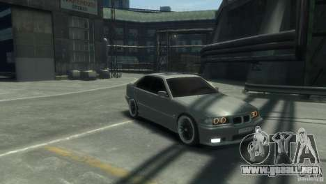 BMW 318i Light Tuning para GTA 4 Vista posterior izquierda