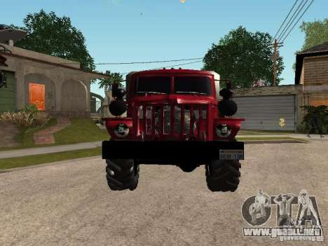 Ural-4320 para GTA San Andreas left