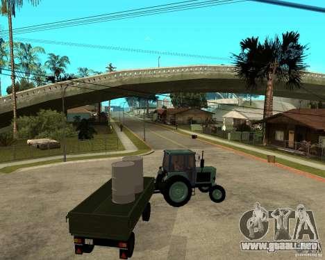 Tractor Belarus 80.1 y remolque para vista inferior GTA San Andreas