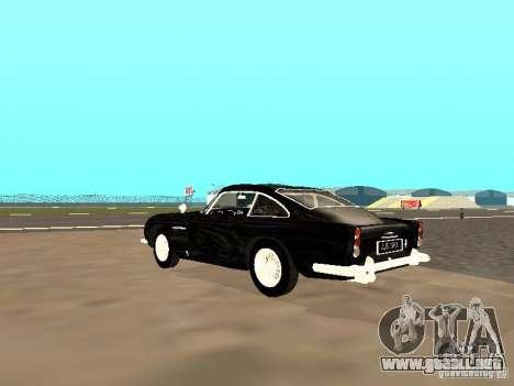 Aston Martin DB5 para GTA San Andreas vista posterior izquierda