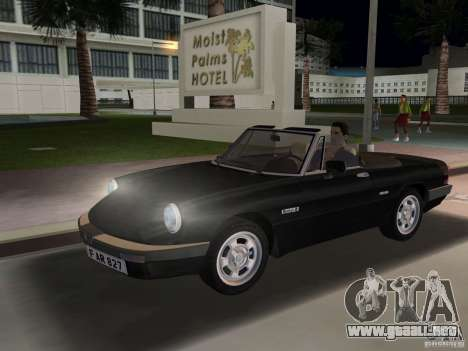 Alfa Romeo Spider 1986 para GTA Vice City left