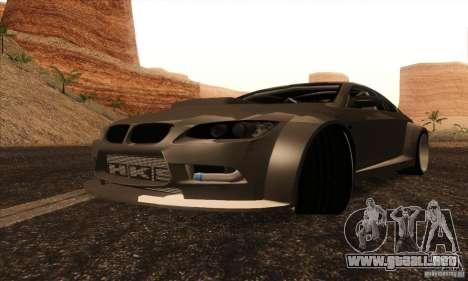 BMW M3 E92 Tuned v2 para GTA San Andreas vista posterior izquierda