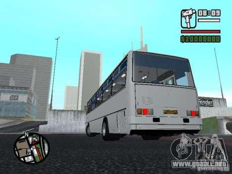 Ikarus 266 ciudad para GTA San Andreas vista posterior izquierda