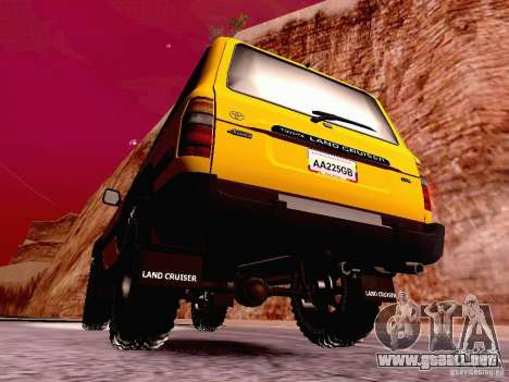 Toyota Land Cruiser 80 Off Road Rims para GTA San Andreas vista posterior izquierda